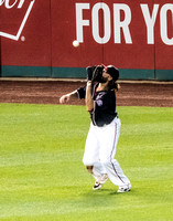 Jayso Werth making the Catch on a Fly Ball