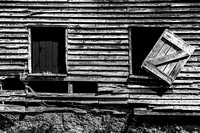 Abandoned Barn Windows_CDS1661